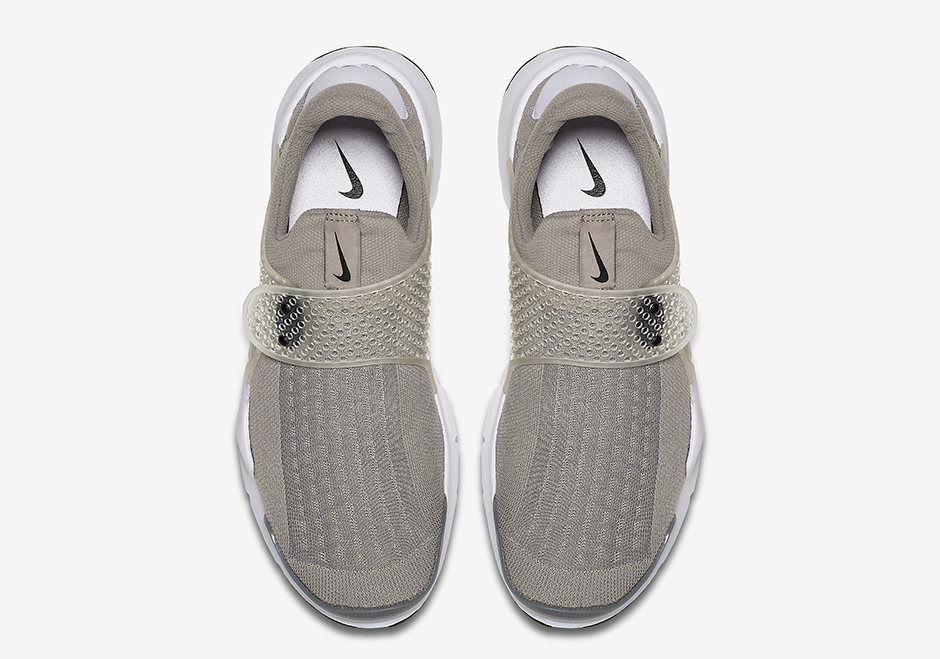 nike-sock-dart-grey-release-date-04