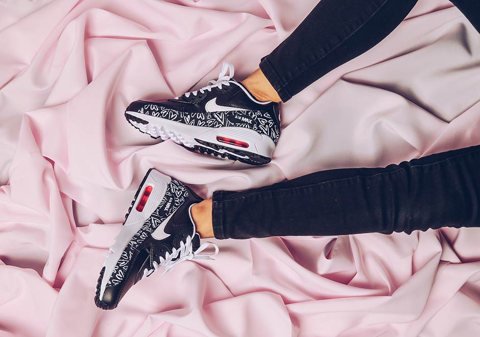 nike-air-max-90-gs-valentines-day-2017-1
