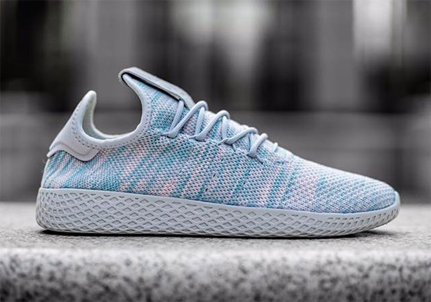 pharrell-adidas-human-race-model-white-blue