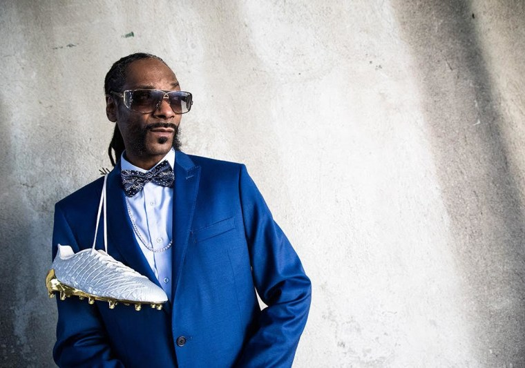 snoop-dogg-adidas-5-star-6-suited-booted-cleat-1