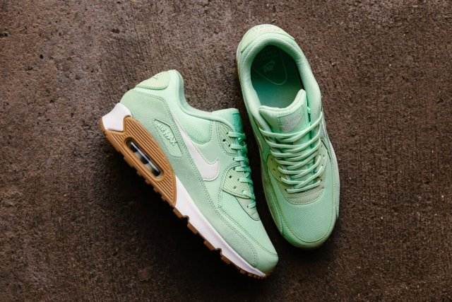 nike-air-max-90-fresh-mint-02