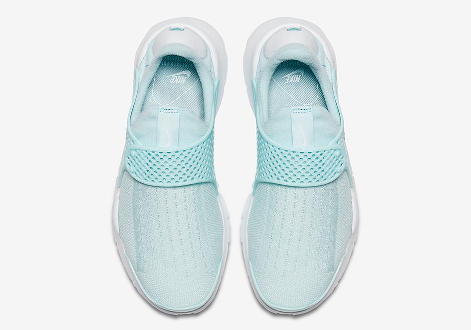 nike-sock-dart-glacier-blue-04