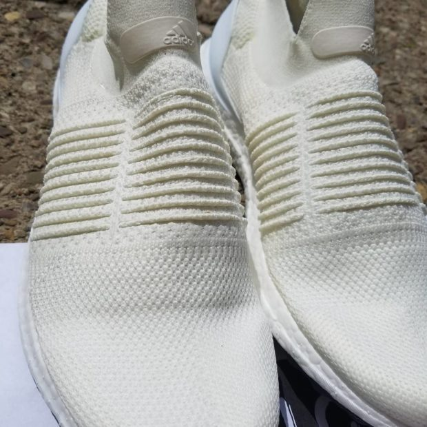 adidas-ultraboost-laceless-5