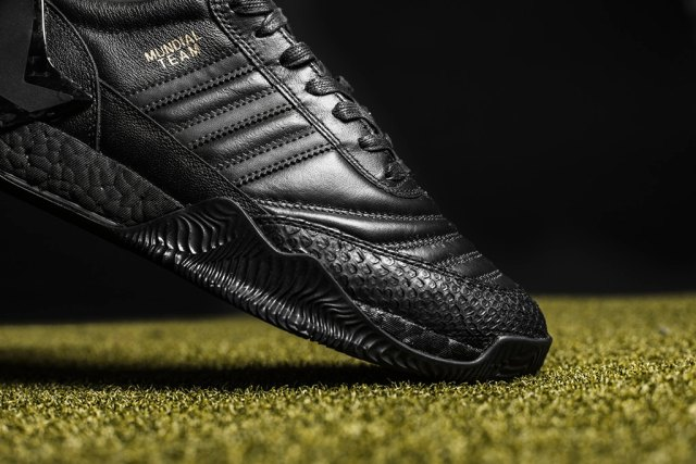 http---hypebeast.com-image-2017-06-the-shoe-surgeon-adidas-copa-rose-lux-4