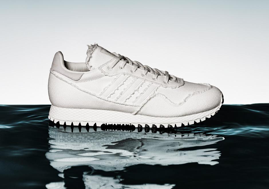 adidas-daniel-arsham-new-york-white-denim-uv-print-02