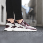 nike-wmns-air-huarache-run-ultra-se-night-maroon-2