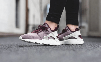 nike-wmns-air-huarache-run-ultra-se-night-maroon