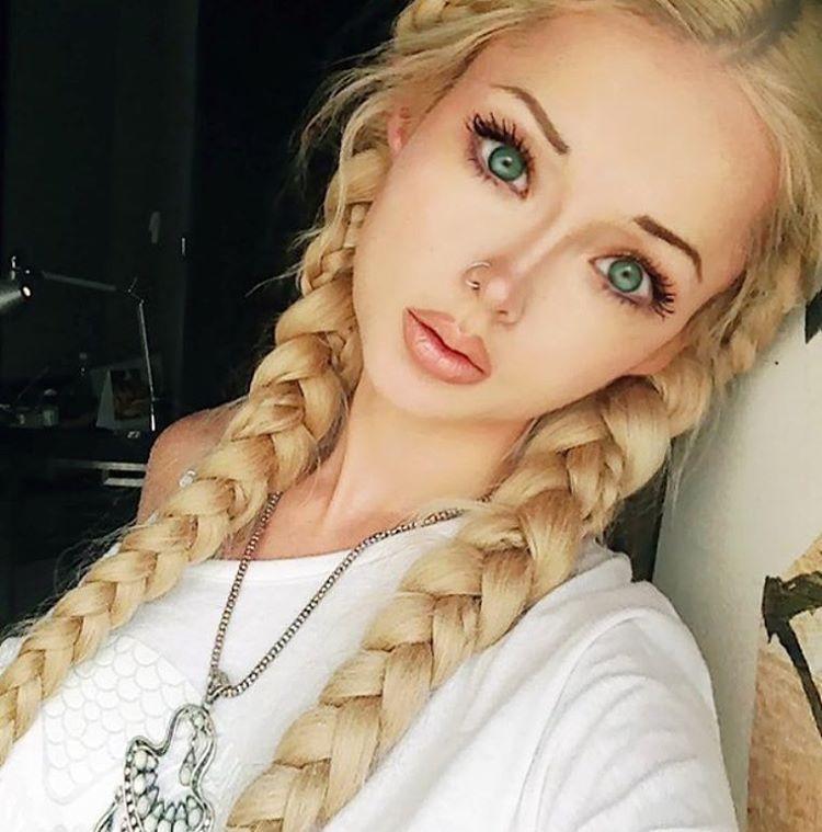 Живая кукла барби ищу работу в белгороде девушка