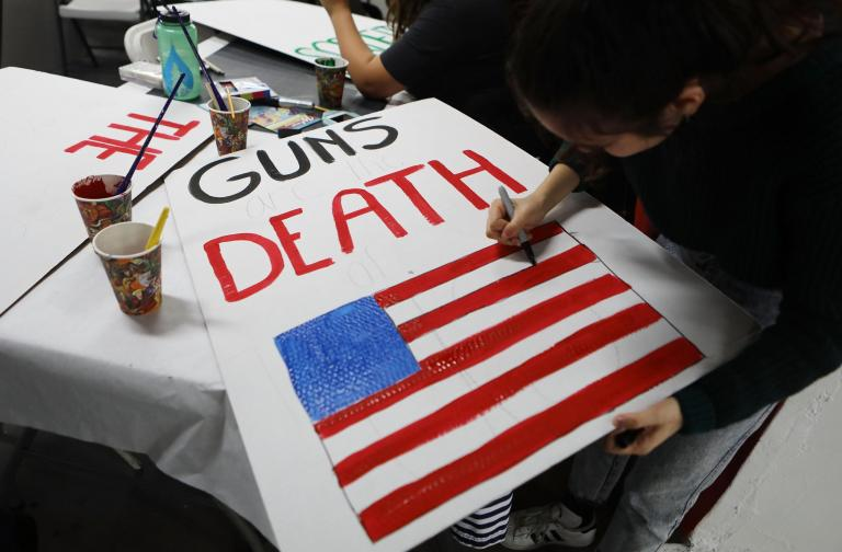 March for our Lives – latest updates: Protests begin in London and around world with Florida shooting survivors to lead Washington march in call for gun control