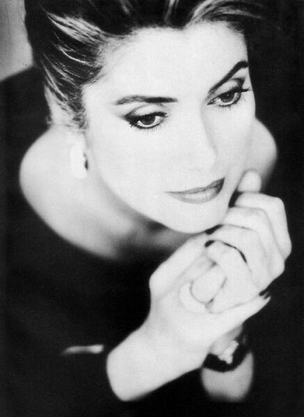 Катрин Денев — красота, над которой не властно время