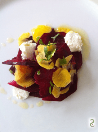 Automnal salad beetroot carrot goat cheese http://wp.me/p3iY4S-rQ