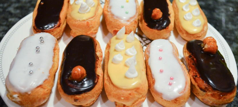 Eclairs with chocolate (custard) cream and chocolate glaze
