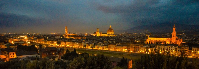 View from the top of Pizzale Michelangelo at night