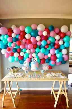 diy balloon wall tutorial