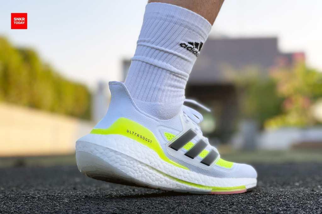 รีวิว รองเท้าวิ่ง adidas Ultraboost 21 เน้นซัพพอร์ต นุ่มสบาย ไปได้เรื่อยๆ