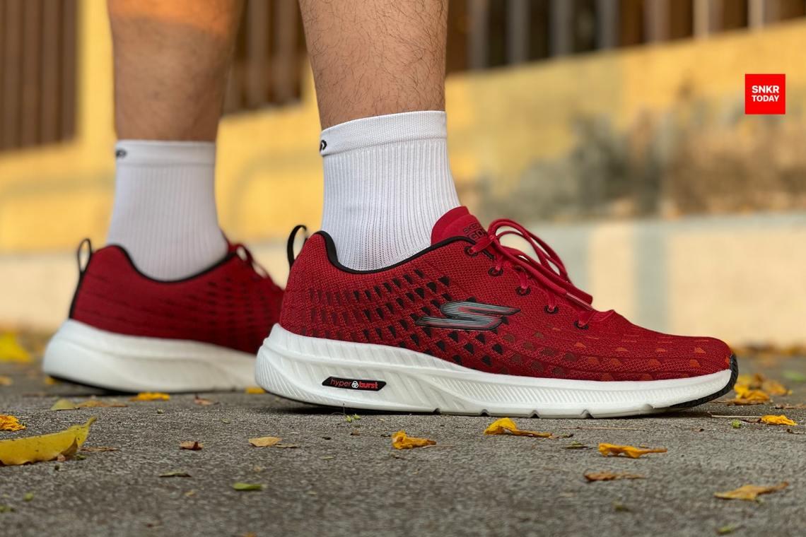 รีวิว Skechers GOrun Hyper Burst - Solar รองเท้าวิ่งที่ใช้เป็นรองเท้าเทรนนิ่งได้ด้วย