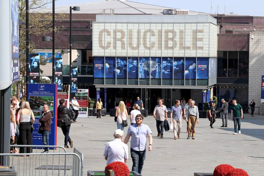 Crucible crowd