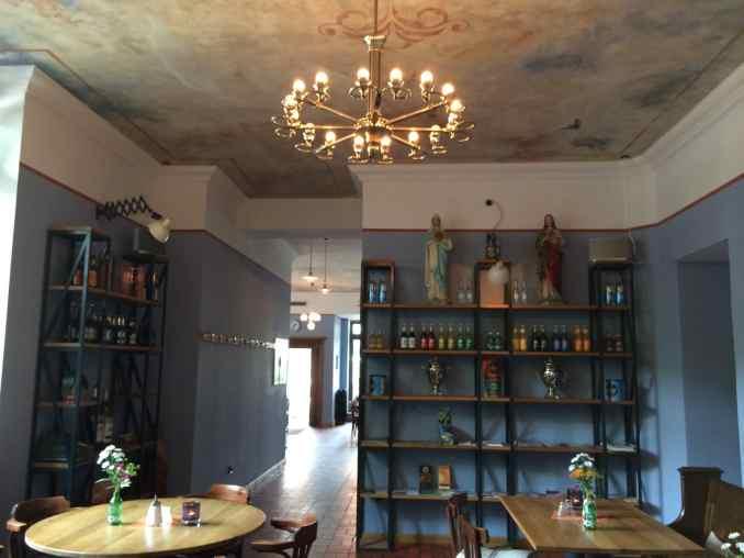 Café Lotte Brasserie - hinterer Sitzbereich