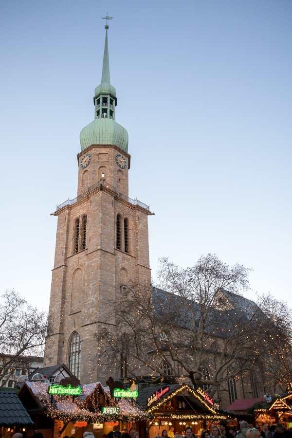 Reinoldikirche 2018 um geben von Ständen