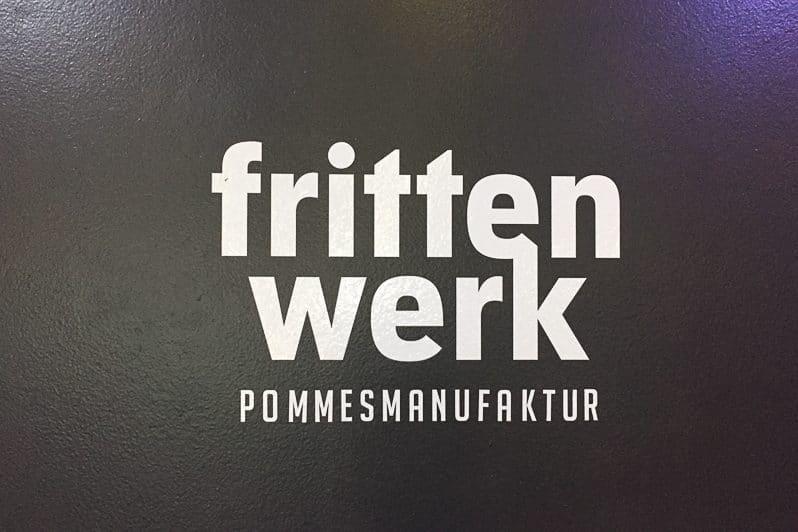 Frittenwerk Düsseldorf im Bahnhof Bilk
