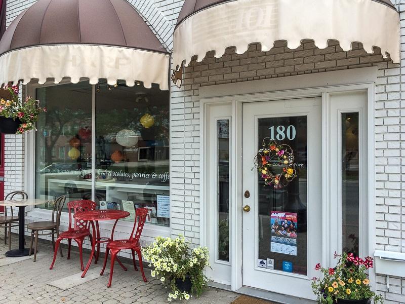 Laden von Charlotte Popp in Winnipeg