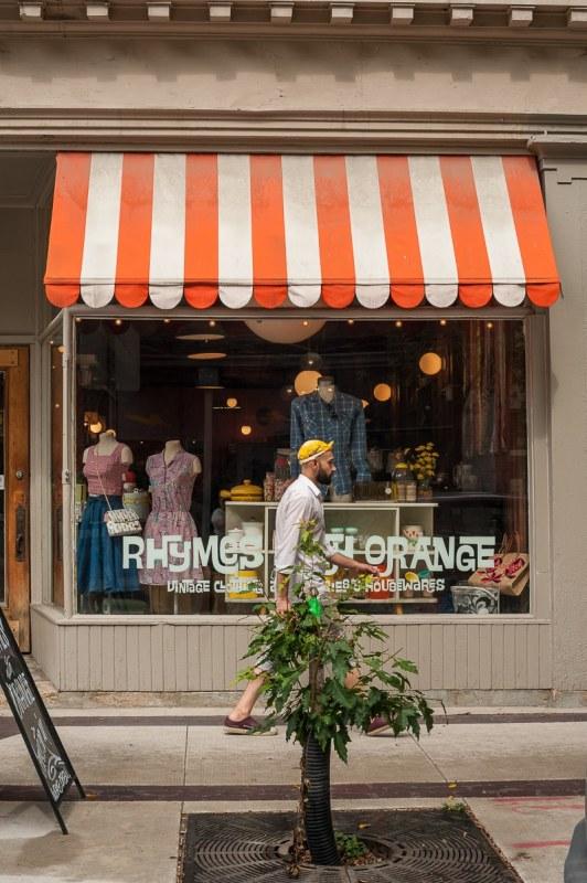 "ehemaliger ""Rhymes with Orange""-Shop"