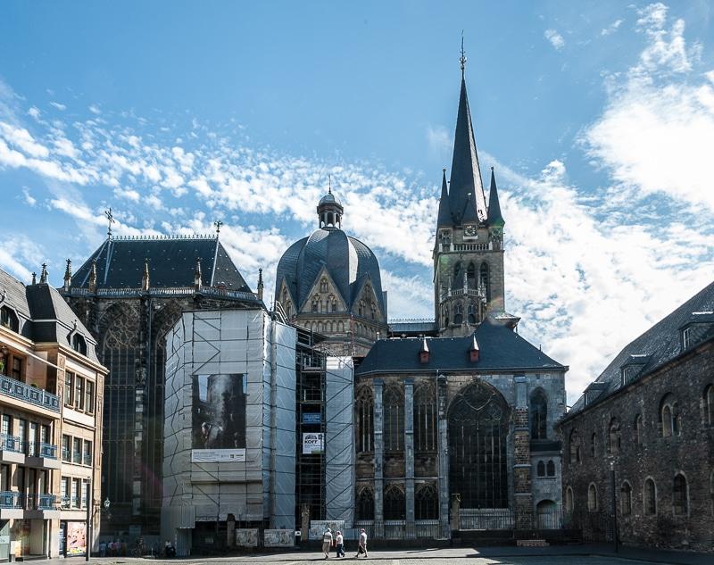 Aachener Dom vom Katschhof aus