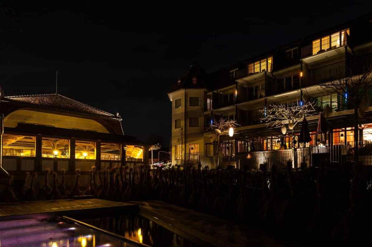 Terrassen bei Nacht