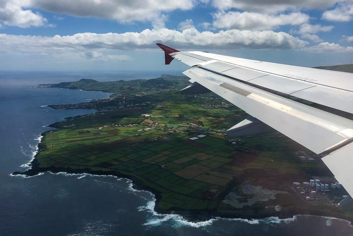 Landeanflug auf Terceira - Jungfernflug airberlin DUS-TER