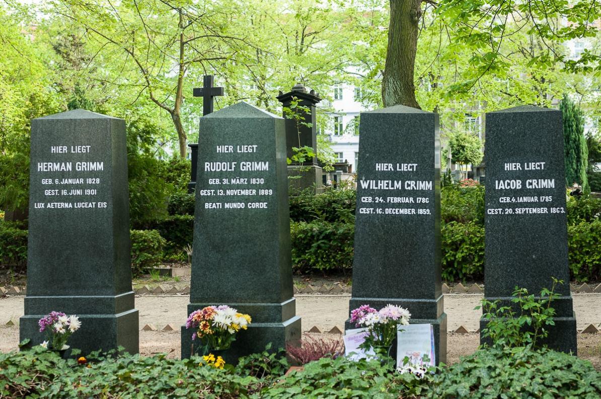 Grabstätte Brüder Grimm und deren Söhne