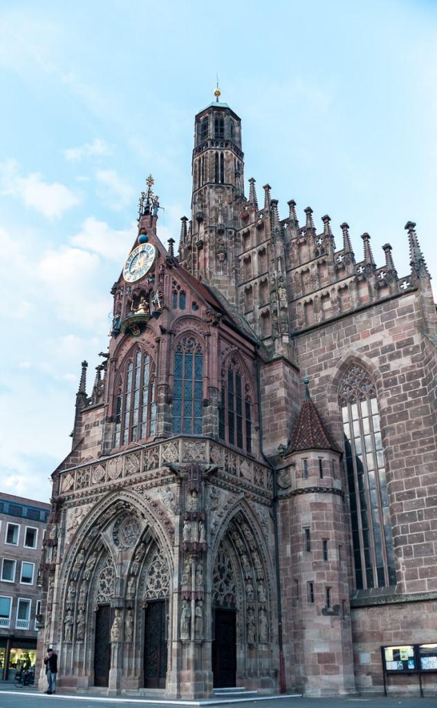 Frauenkirche mit Männleinlaufen