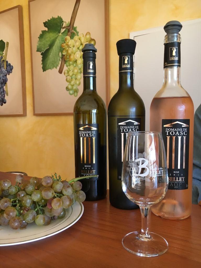 Weinverkostung innerhalb der Stadtgrenzen von Nizza.