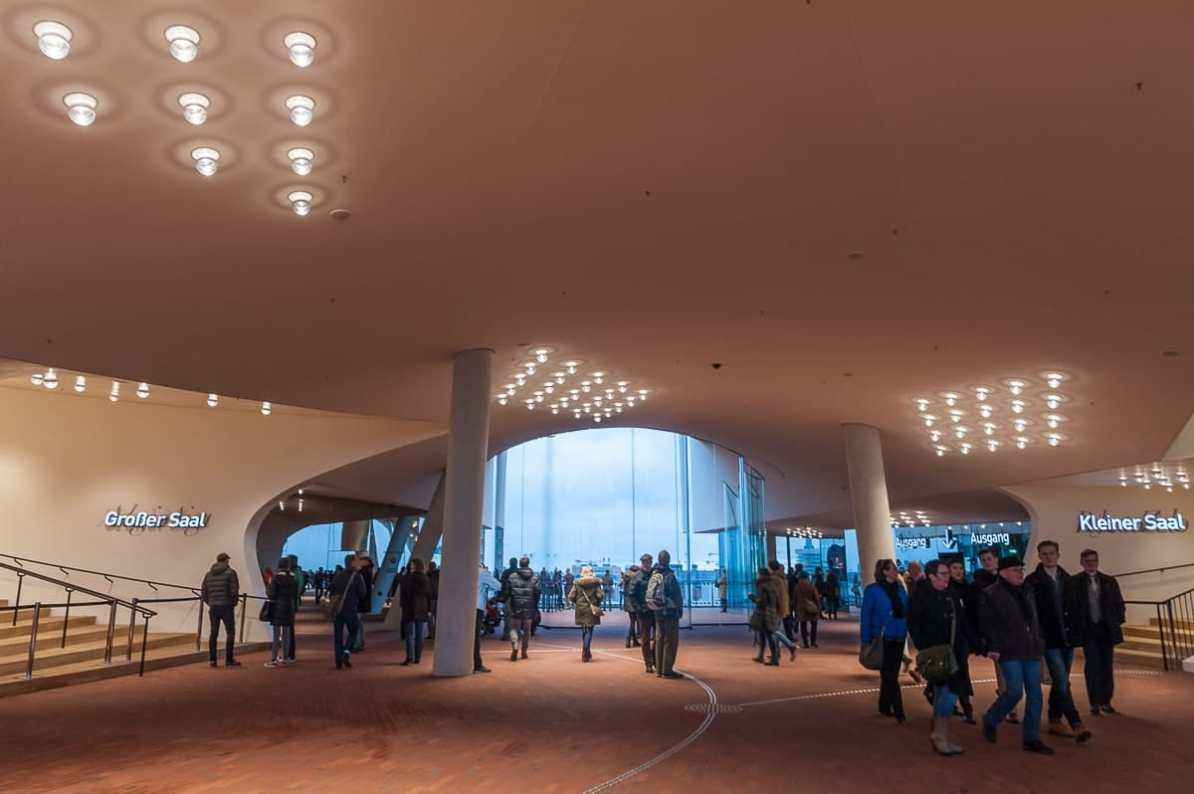 Plaza der Elbphilharmonie
