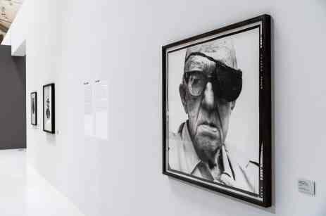 Am Beginn der Ausstellung (Foto: Simon Bierwald, Indeed Photography)