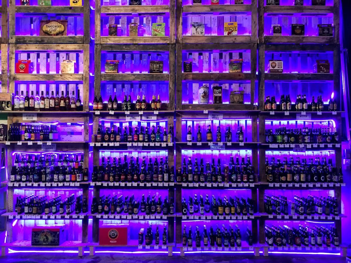 Ein Teil der Erweiterung von Achims Shop zur Düsseldorfter Craft Bier Co.