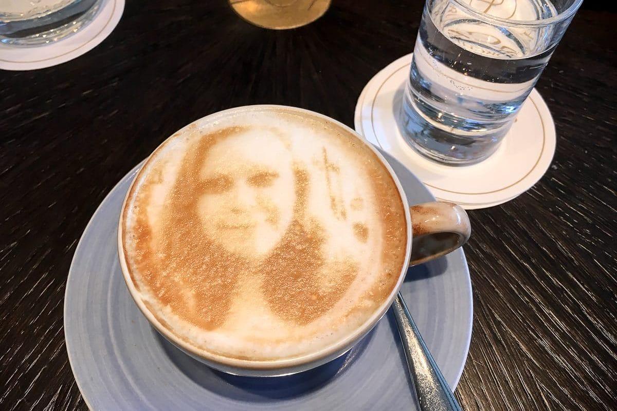 Latte Art im Hotel Storchen in Zuerich