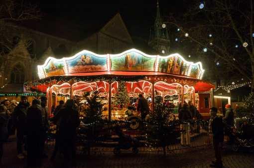 Karoussell auf dem Weihnachtsmarkt