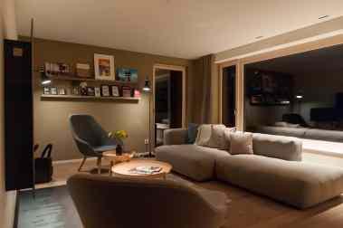 PANORAMIC THREE BED ROOM APARTMENT - Wohnzimmerbereich
