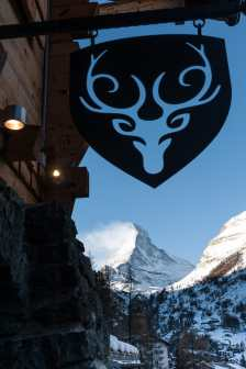 Blick vom Eingang des CERVOs auf das Matterhorn