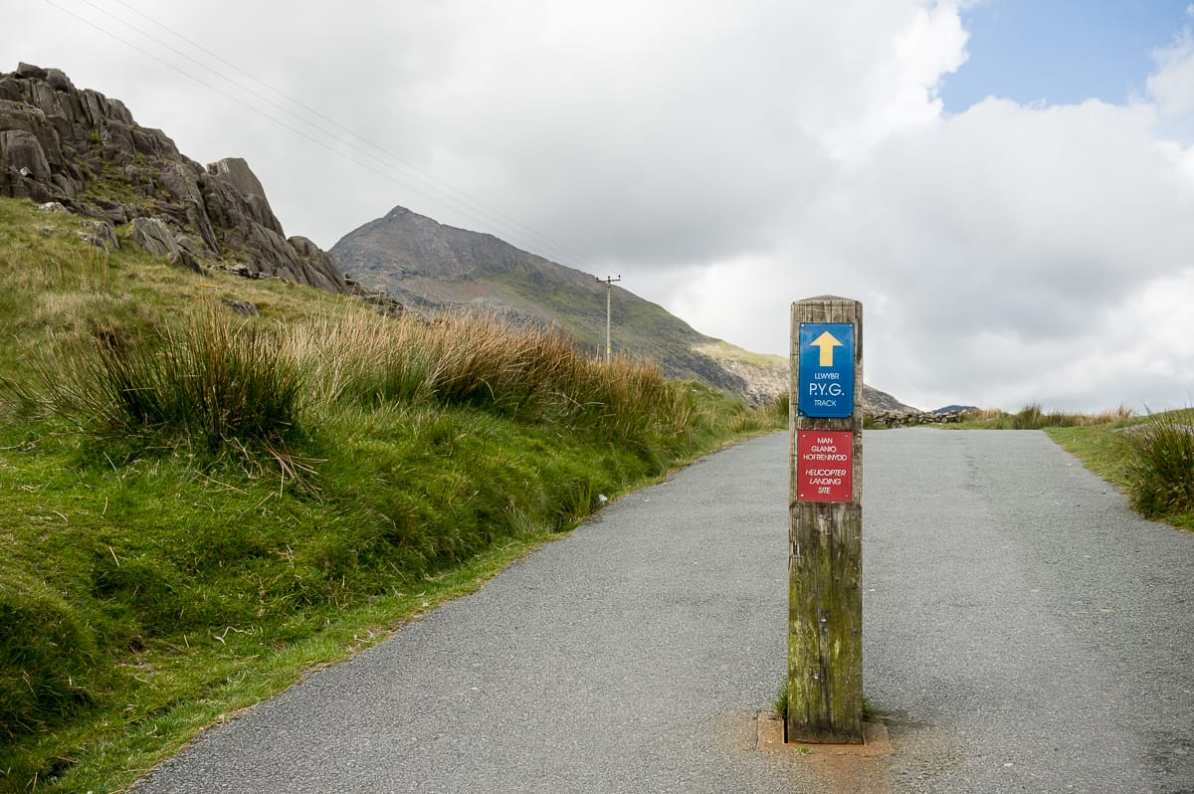 Wanderweg im Snowdonia National Park - Pyg Track am Pen-y-Pass