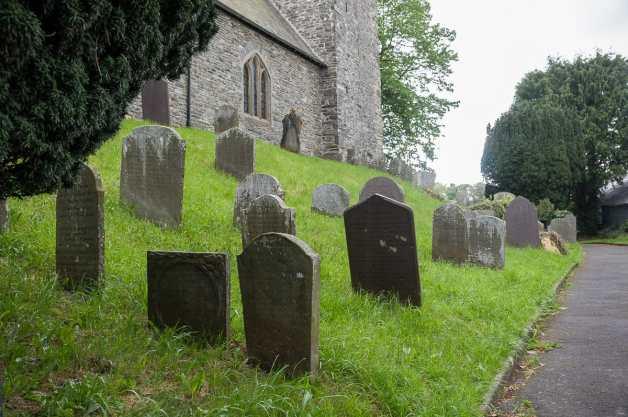 Friedhof von St. Caron, Tregaron