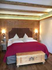 Doppelzimmer Premium - frisch renoviert, preiswertes Niveau, kleiner Balkon