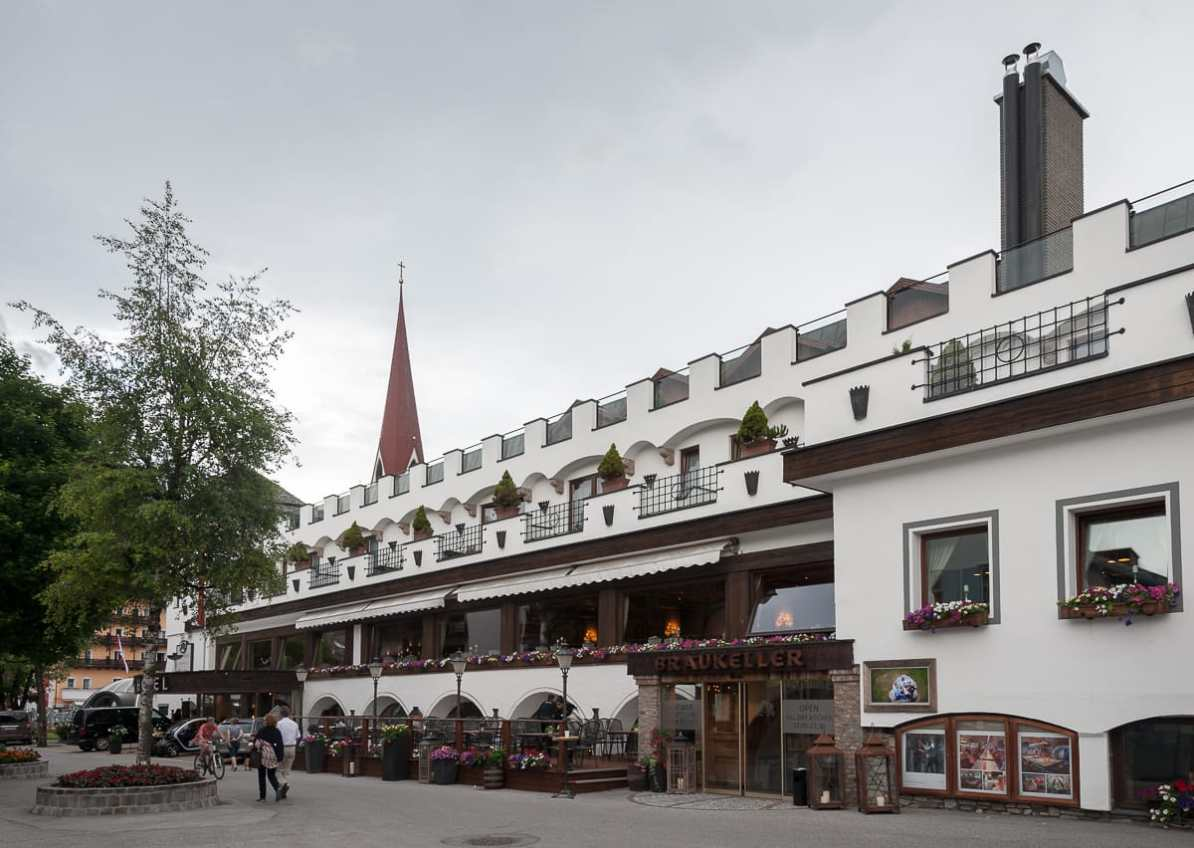 Eingang zum Bräukeller - Hotel Klosterbräu