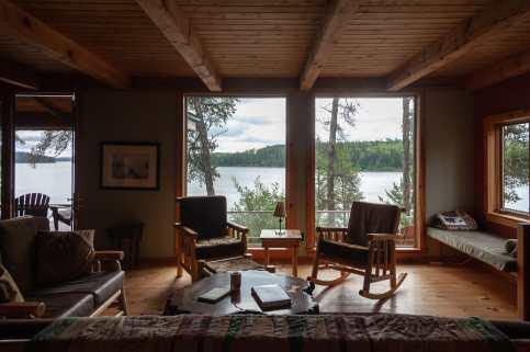 Wohnzimmer im Juniper-Haus am High Lake