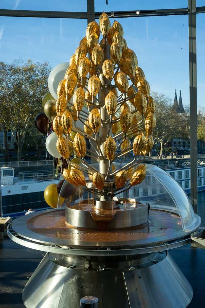 Der berühmte Schokoladenbrunnen im Schokoladenmuseum Köln