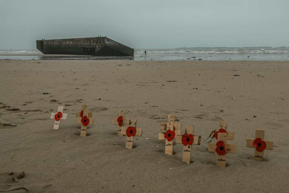 Erinnerungen an den D-Day auch in Arromanches-les-Bains.