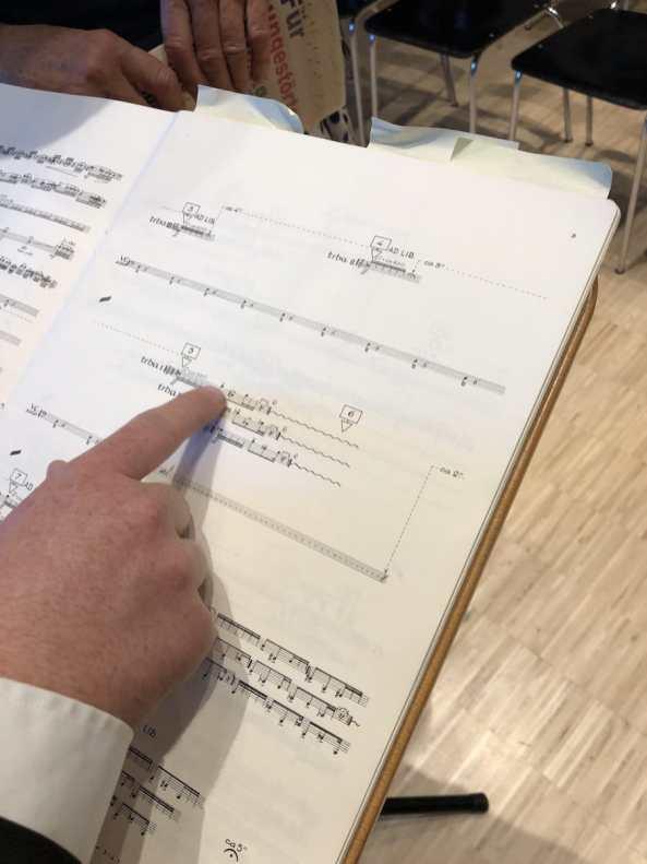Noten des Cellokonzerts, dem russischen Cellisten Rostropowitsch gewidmet