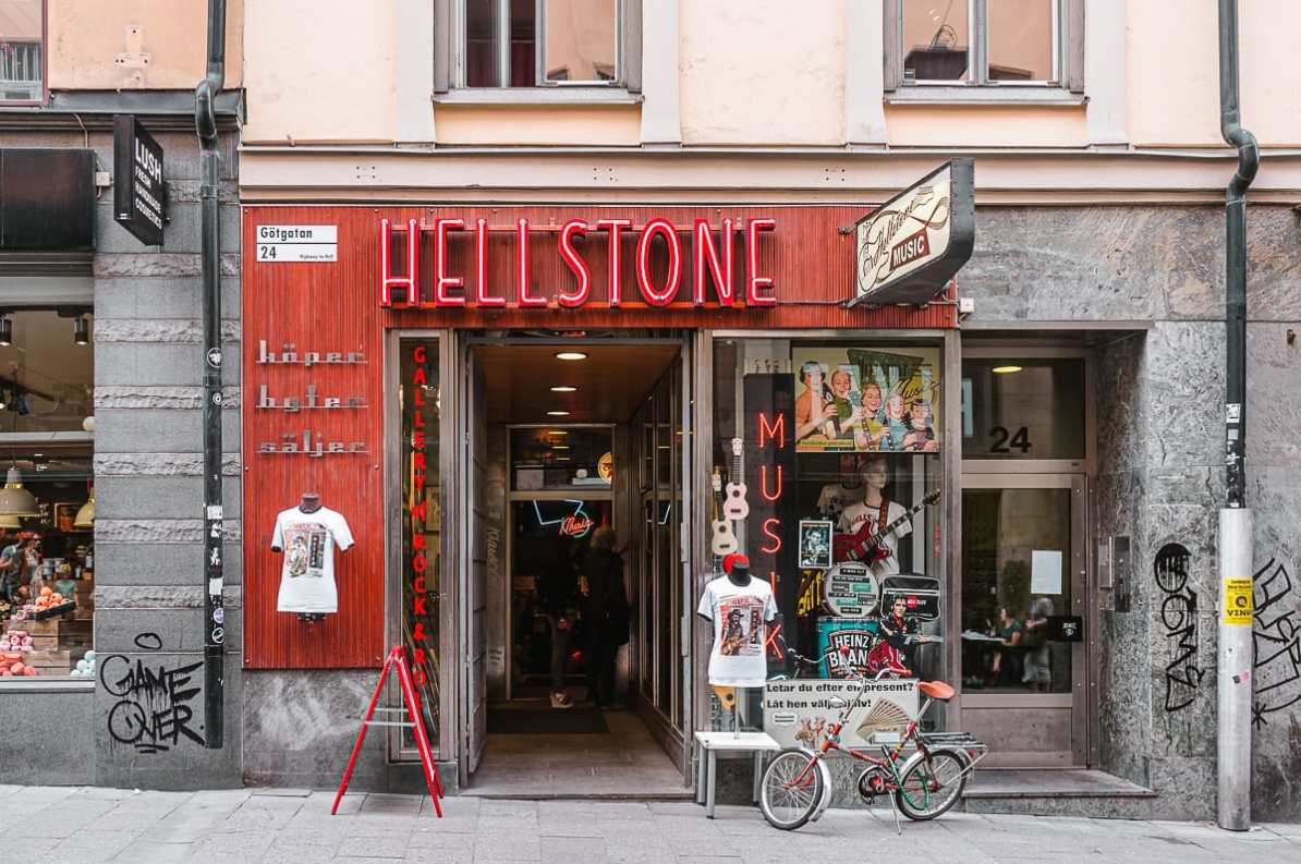 Eingang des Hellstone Music Recordstore in Södermalm.