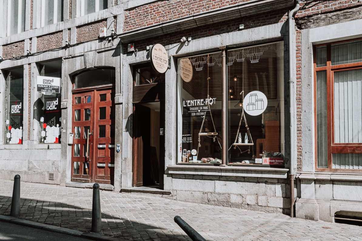 Unverpacktladen L'Entre-Pot in der Rue du Palais, Lüttich.