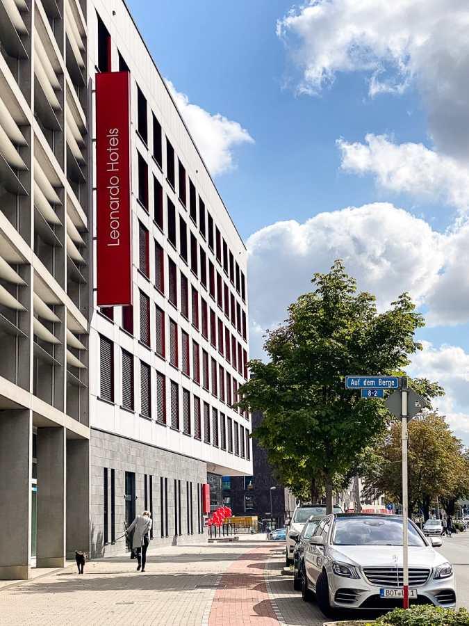Außenansicht des Leonard Dortmund Hotels am Burgwall 11-13.